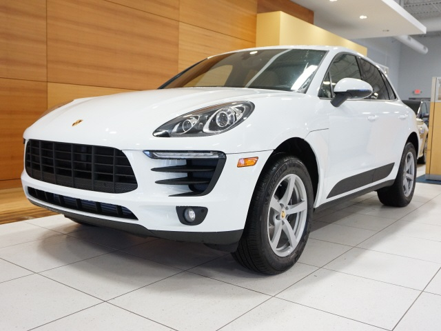 New 2018 Porsche Macan Base 4D Sport Utility in North Olmsted ...
